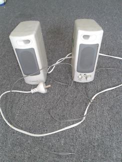 Desktop computer speaker