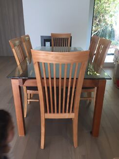 Dining  Table with 6 Dining Chairs
