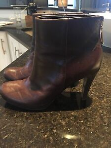 Franco Starto ankle boots size 7.5
