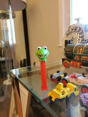 KERMIT the FROG MUPPETS PEZDISPENSER 1991 GREEN/RED