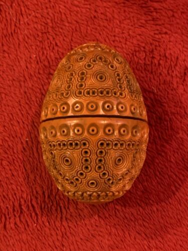 Antique Egg Shape Carved Coquilla Nut Sewing Thimble Thread Case Holder