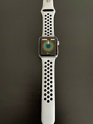 Apple Watch Series 3 Nike+ (38mm) Silver/Pure Platinum plus extra straps