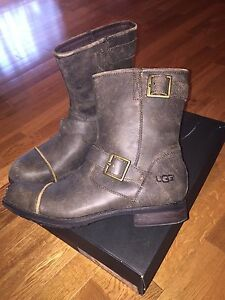 Men's Brand New UGG Boots Size 9