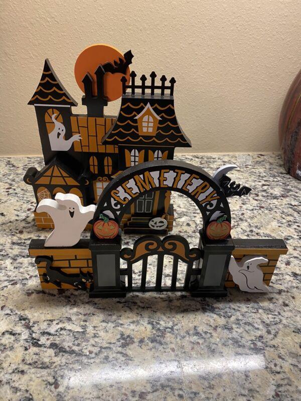 Hyde & EEK! Boutique Haunted House & Cemetery Gate Halloween Mini Mantle Decor