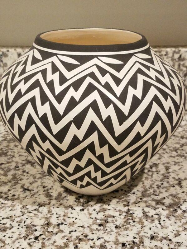 Native American pottery vase black and white Kathy Victorino