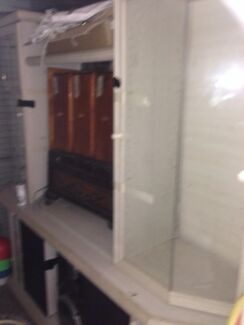 Freeeeee 2 wall units , must go  Rooty Hill Blacktown Area Preview