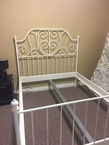 Double sleigh bed