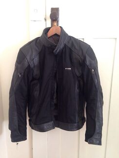 Revit motorcycle jacket men's large  North Bondi Eastern Suburbs Preview