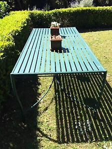 Beautiful garden dining table Bellevue Hill Eastern Suburbs Preview