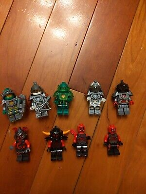 Lego Nexo Knights Minifigures Lot Of 20 Complete & Incomplete b6