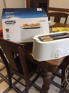 Toaster four slice