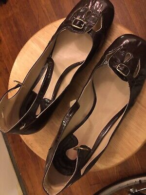 Chloe brown patent mary jane pumps, size 39.5 / US 9.5 Brown Patent Pumps