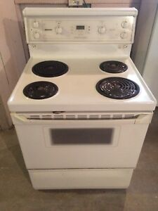 Moffett Platinum self-cleaning stove top oven