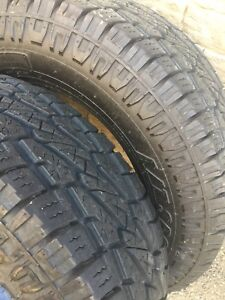 35 12.50 20 pro comp at sport tires like new