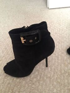 Authentic Burberry ankle boot size 8