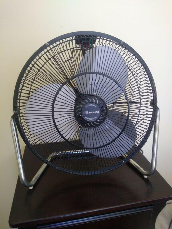 Vintage RARE Lakewood Commercial/Industrial 3 Speed Floor Fan HV-18/CCB