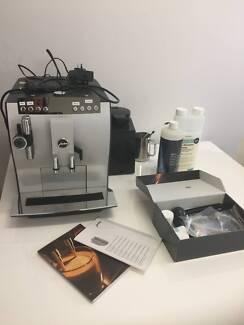 Jura impressa j5 coffee machine grinder not working coffee jura impressa z7 coffee machine in great condition fandeluxe Choice Image
