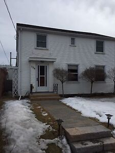 Open house Sunday  April 23, 2:00 - 3:30pm 139 Peter st.