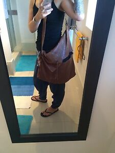 Genuine Soft Leather Slouch Bag Mermaid Waters Gold Coast City Preview