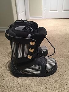 Thirtytwo Snowboarding Boots Size 10.5
