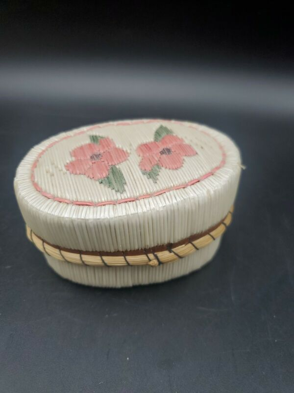 """First Nation Canadian Ojibwe Quill Birch Basket Box Pink Flowers 3"""" x 2"""""""