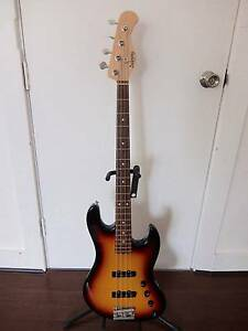 2014 Sadowsky Metro RS4 bass guitar Bondi Beach Eastern Suburbs Preview