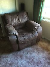 1x  seater, 2 seater, 3 seater recliners Armidale 2350 Armidale City Preview