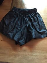 Size 6-8 leather shorts Cleveland Redland Area Preview