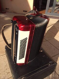 Balle Piano Accordion in perfect working order
