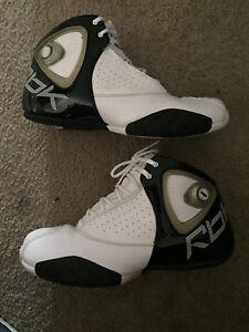 e697be34400cfc Shoes - Reebok Pump Basketball Shoes