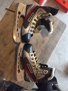 Bauer  Vapor Skates Y13 R