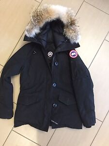 Woman Authentic Canada Goose Montebello Parka