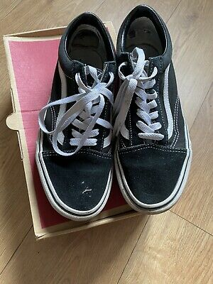 Genuine Vans Womens Old Skool Platform Black And White Size 5