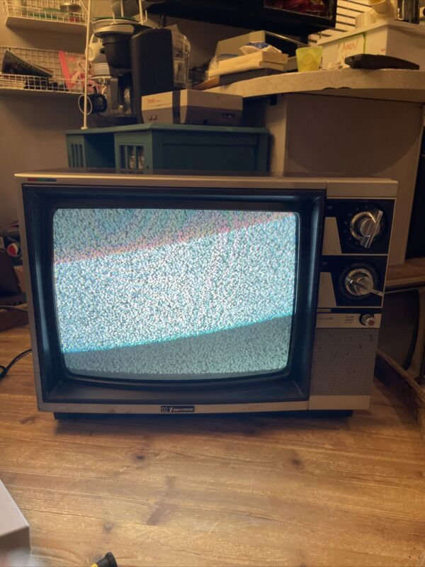 "Vintage Emerson Crt Tv Retro Gaming 13"" Television RARE 1985 Color Awesome! Rare"