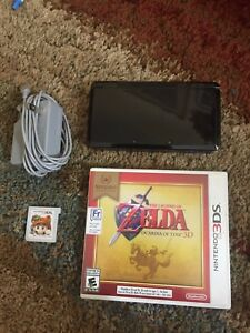 3DS (MINT Conditon) + charger + Zelda + Mario