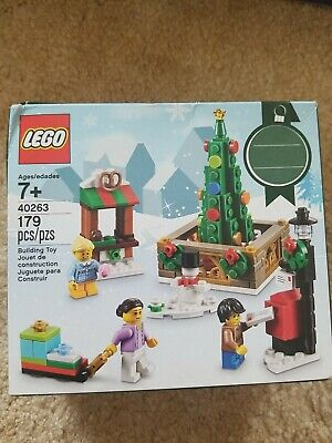 Lego Seasonal Holiday set - 40263 - CHRISTMAS TOWN SQUARE - New and Sealed -2017