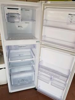 Samsung Fridge Freezer 255L