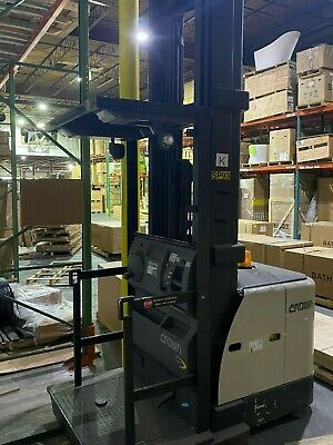 2012 Crown Sp3520-30 3000lbs Order Picker Forklift Triple Mast