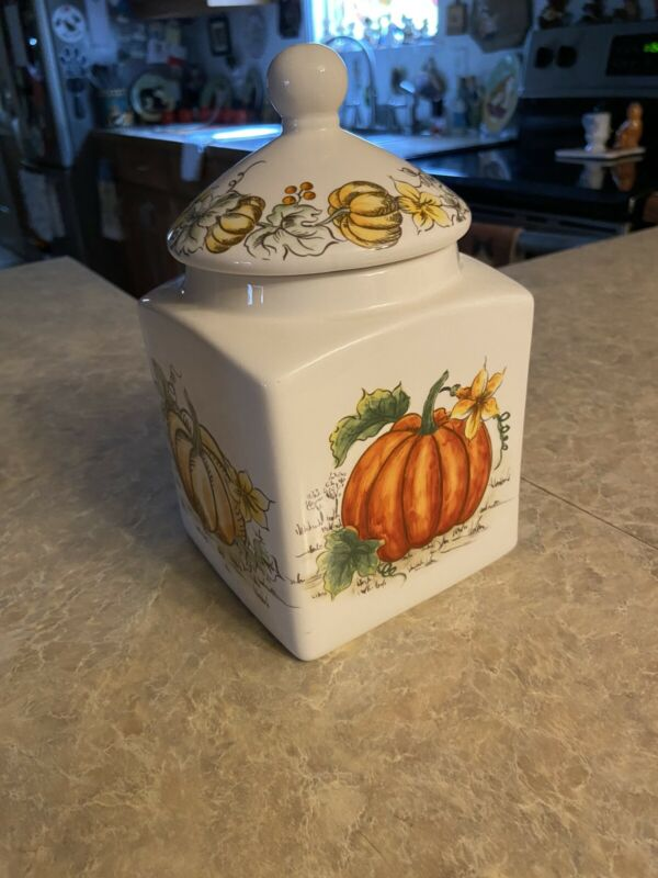Pumpkin cookie jar