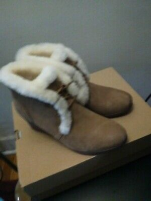 New UGG  W Jeovana Wedge Shearling, Waterproof Lace Up Boot ,Chestnut, sz 7.5