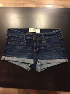 Hollister jean shorts size3