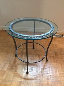 Stunning Round Glass Wrought Iron Metal Side Table