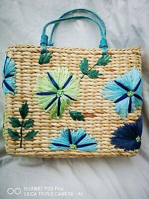 Sweet Vintage Embroidered Straw summer Handbag/tote VGC