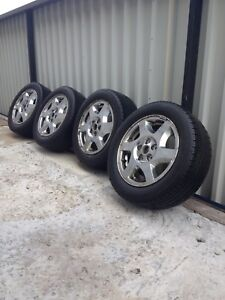 215/55R16 set of 4 all season tires with alloy rims $250