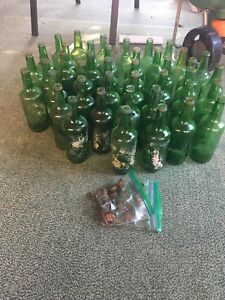 Old green seven up bottles 80 for all or $2 each