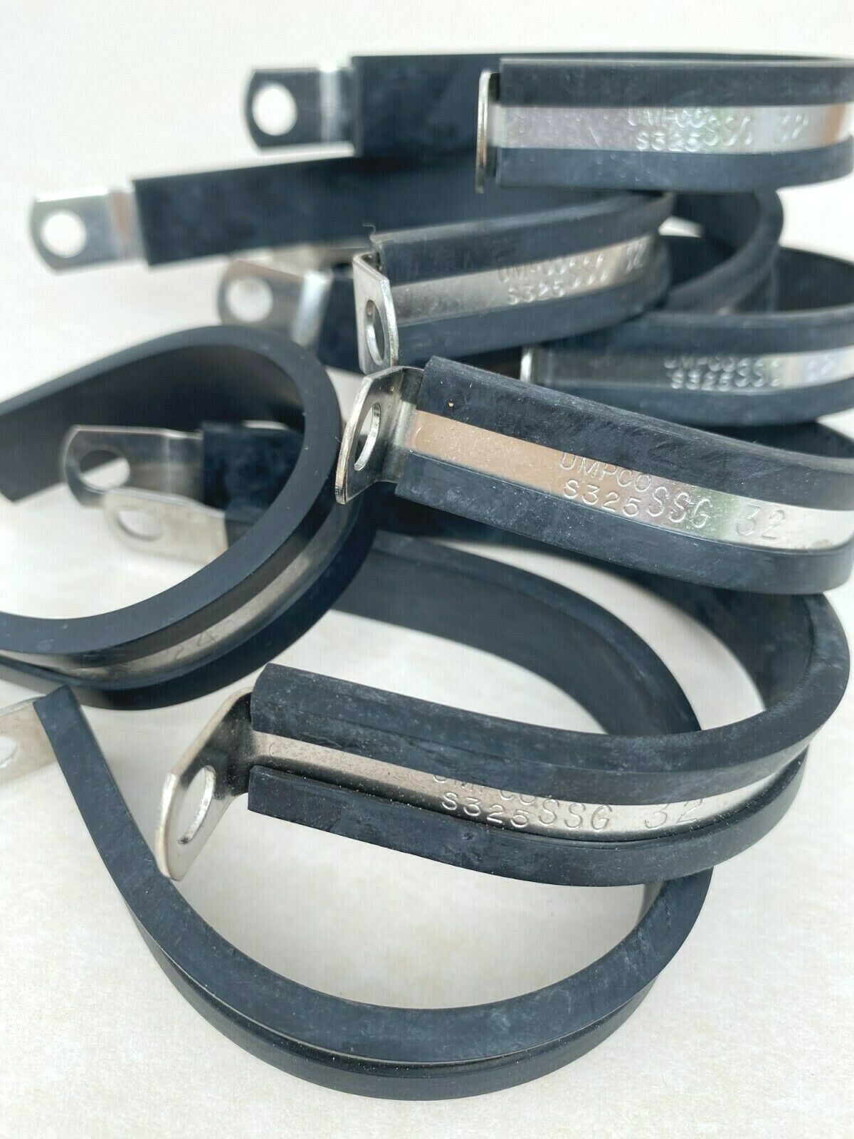UMPCO Stainless Steel Cushioned Cable Clamp Lot 8PCS Business & Industrial