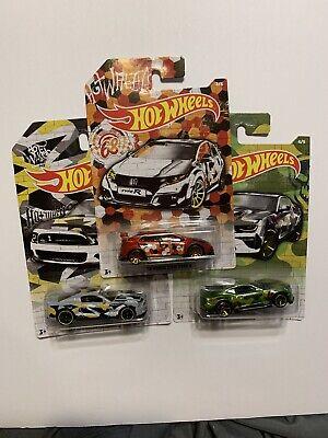 Hot Wheels 2020 Camouflage Lot Of 3 Honda Civic Type R Mustang Camaro SS