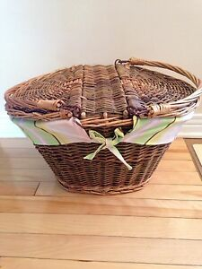 Wicker Picnic Basket: New