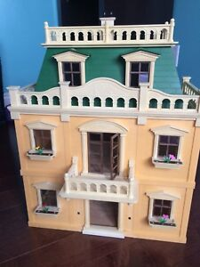 Huge Calico Critters Lot