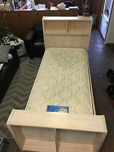 MATCHING SINGLE BEDS Uraidla Adelaide Hills Preview